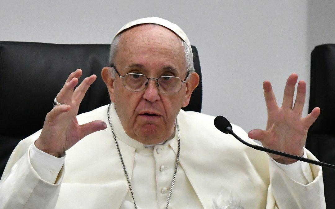 """""""No es hacer el amor, es torturar a una mujer"""": papa Francisco sobre la prostitución"""