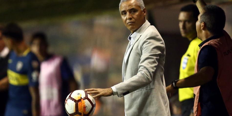 'No soy más el técnico de Junior, Fuad Char me echó': Alexis Mendoza