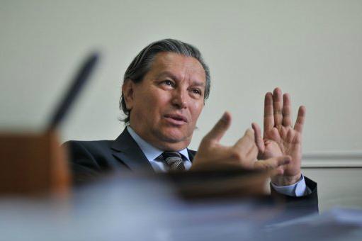 Magistrado del CNE anuncia investigación a firmas encuestadoras