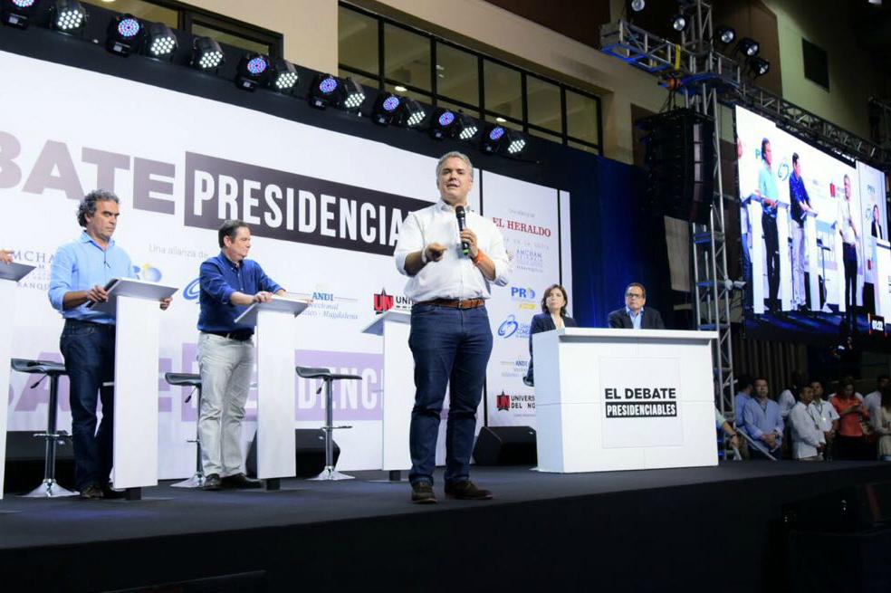 Duro choque entre candidatos presidenciales por el Acuerdo de Paz