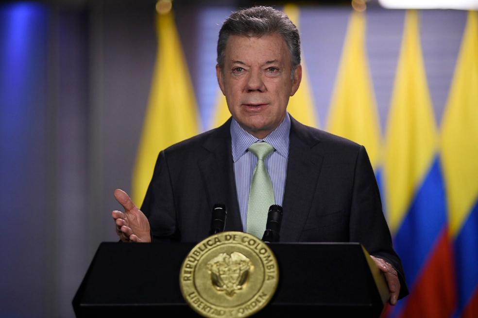 Santos anuncia que no objetará reformas del uribismo a la JEP