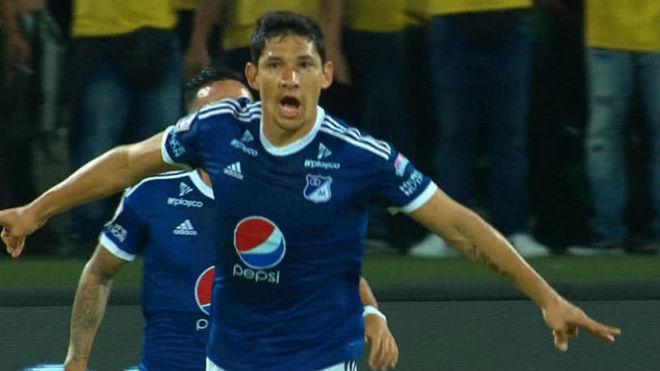 """Roberto Ovelar: """"Todo tiene su tiempo y espero ser el goleador de Millonarios"""""""
