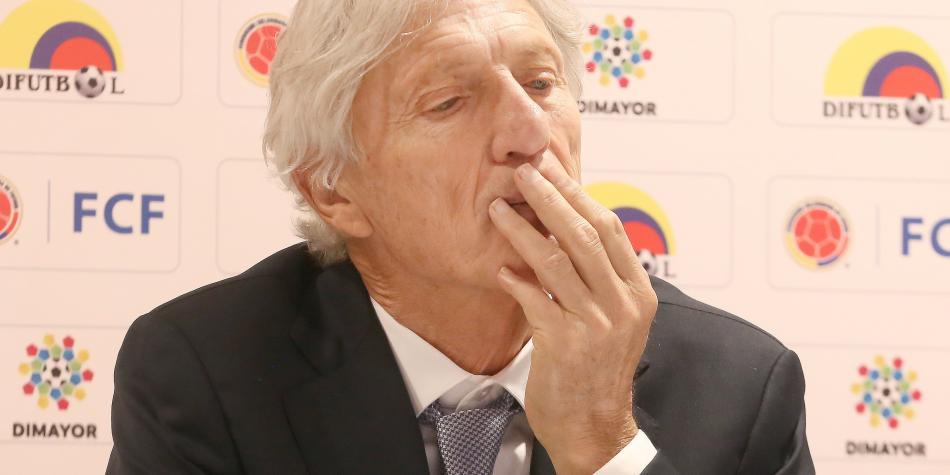 Pékerman ha descartado dos ofertas y no ha pedido dirigir en Argentina