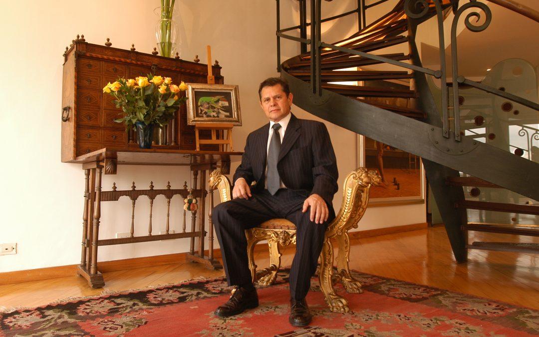 Carlos Mattos se presentó ante la Interpol en España