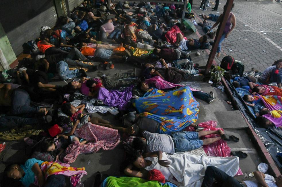 ¿Por qué México no abre su frontera a miles de migrantes hondureños?
