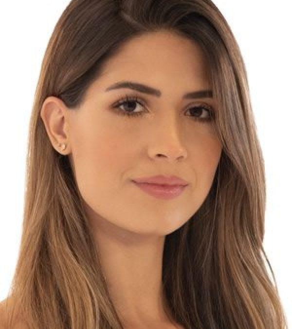 SEÑORITA VALLE: Gabriela Tafur Nader