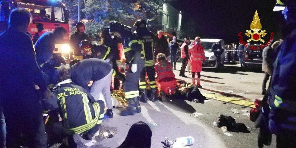 Seis muertos en trágica estampida durante concierto en Italia