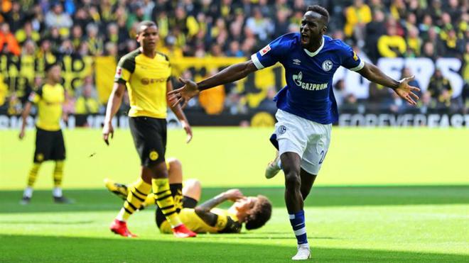 Borussia Dortmund pone otra Bundesliga en bandeja a James Rodríguez