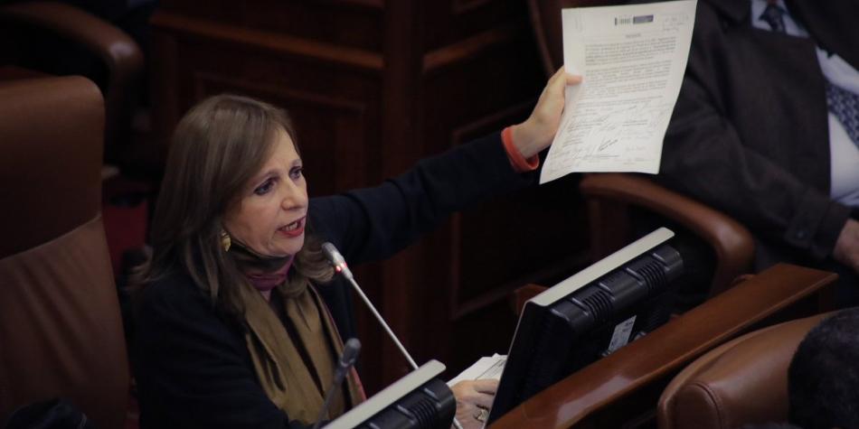 ¿Qué caminos le quedan a Robledo para salvar su curul en el Congreso?