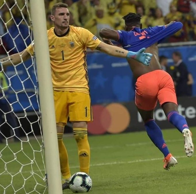 CON GOLAZOS COLOMBIA DERROTÓ 2-0 A LA ARGENTINA