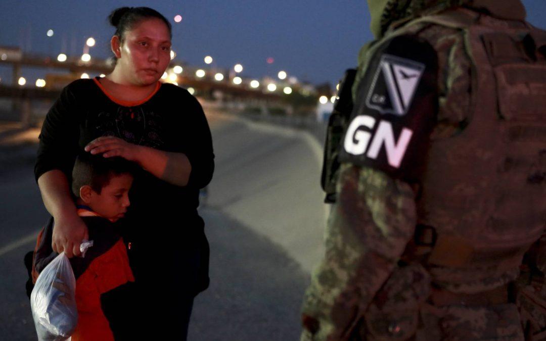 México aumenta en un 33% las deportaciones de migrantes tras el pacto con Trump