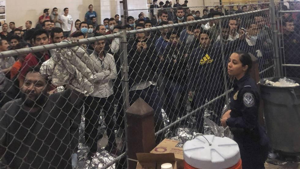 """""""No abra la puerta, no hable"""": las redadas siembran el temor entre los inmigrantes en EE UU"""