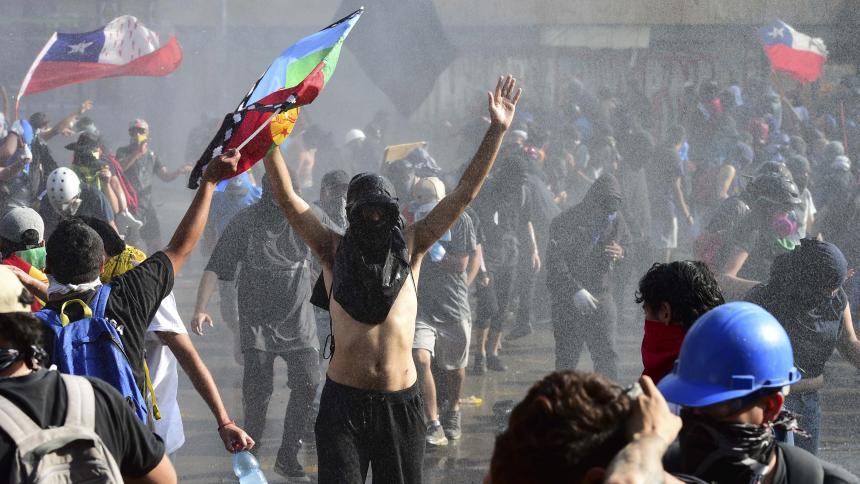 Chile llega a un histórico acuerdo de plebiscito para dejar atrás la Constitución de Pinochet