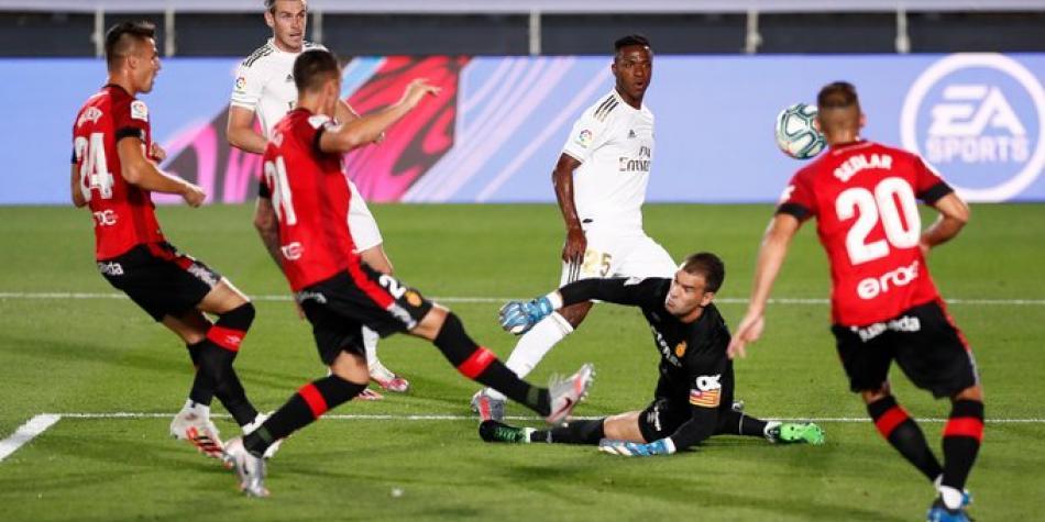 ¡Check! Cumple Real Madrid, sin James, frente a Mallorca y sigue líder
